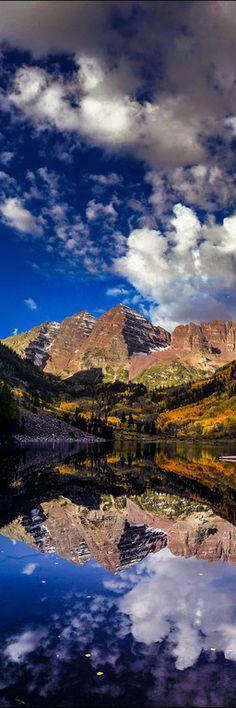 Late fall sunrise at the Maroon Bells near Aspen Colorado