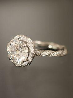 Luxury Diamond Wedding Ring ♥ Perfect Diamond Tria Ring