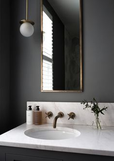 Home Decor Pictures Black bathroom with brass fittings and marble worktop create a luxury finish Beautiful Bathrooms, Modern Bathroom, Small Bathroom, Master Bathroom, Black Marble Bathroom, Black Bathroom Decor, Black Bathrooms, Hotel Bathrooms, Bohemian Bathroom