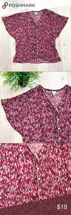 Converse maroon speckled kimono blouse Maroon and cream speckled kimono sleeve blouse. Button up. Very sheer blouse. Converse Tops Blouses
