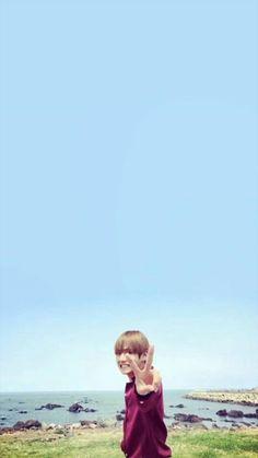 My Tsundere Min Yoongi Hoseok, Seokjin, Namjoon, Park Bo Gum Wallpaper, Bts Wallpaper, Iphone Wallpaper, Taehyung Photoshoot, Long Shot, Bts Aesthetic Pictures
