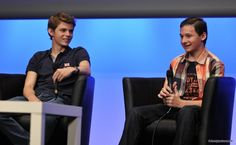 Jared S. Gilmore et Robbie Kay - Fairy Tales 2 Convention (Once Upon A Time) #OUAT #FT2