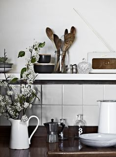 kitchen inspiration - rustic storage