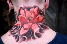 Tatuagem Flor de Lótus - Pescoço Newschool