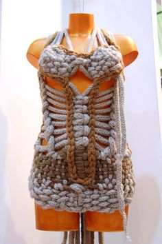 in the UK knitted textile awards for 2012, creeated by Makbule Yanar