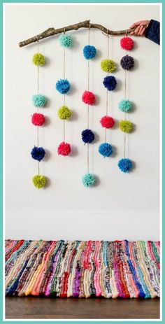 Pom Pom Craft - love this idea for a wall hanging!  So customizable, in whatever colors you need.  - -  Sugar Bee Crafts #pompom #craft