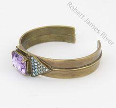 Sorrelli-Spring-Rain-Cuff-Bracelet-Antique-gold-setting
