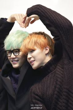 I love how suga just tolerates everyone and everything but he secretly LOVES his bro Jimin. Too cute