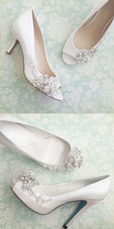 Something blue platform heels or Kitten heels with flower blossoms embellishments by Bella Belle #weddingshoes