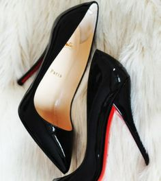 Men I may not know, but shoes—shoes I know. – Carrie Bradshaw