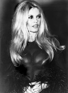 Bridgitte Bardot -  Love her makeup... the eyes especially.  AND... Love her hair.