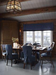 stylish scandinavian cottage design,log cabin design in Norway Wood Interiors, Cottage Interiors, Country House Interior, Home Interior Design, Interior Styling, Modern Spaces, Small Spaces, Scandinavian Cottage, Scandinavian Interior