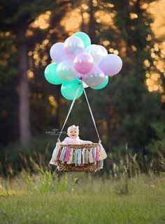 Portrait session for hot air balloon birthday theme