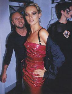 schu-schu:  vogue 1998 dolce gabbana kate moss red bustier... (Runway, Catwalk)
