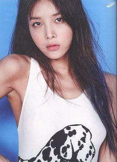 Wonder Girl Kpop, Yubin Wonder Girl, Hyuna, Kpop Girls, Beauty Hacks, Beauty Tips, Girl Group, Rapper, Idol