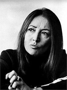 Oriana Fallaci - prima donna italiana corrispondente di guerra negli anni 1960-70.Intervisto' molti capi di stato di quell'epoca compreso l'ayatollah Kkhomeini lo chiamo' tiranno e si tolse il chador che fu costretta ad indossare