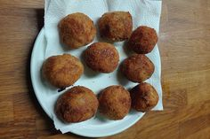 Bombes de patata i carn picada - totnens Muffin, Breakfast, Food, Potatoes, Bombshells, Morning Coffee, Muffins, Meal, Essen