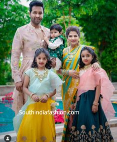 – South India Fashion - Viranica Manchu's Seemantham Function! Frocks For Girls, Kids Frocks, Dresses Kids Girl, Kids Outfits, India Fashion, Kids Fashion, Japan Fashion, Fashion Fashion, Fashion Outfits