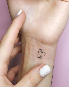 2019 Summer Small Arm Tattoos For Women - Simple Arm Small Tattoos Designs . - 2019 summer small arm tattoos for women – simple arm small tattoos designs and ideas for 2019 - Small Tats, Cute Small Tattoos, Mini Tattoos, Trendy Tattoos, Cool Tattoos, Tatoos, Awesome Tattoos, Small Tattoos On Hand, Cute Tats