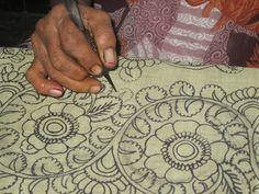 KALAMKARI - JAYANTH KALAMKARI DESIGNS: Pen Kalamkari Painting Process Saree Painting, Kalamkari Painting, Kerala Mural Painting, Madhubani Painting, Madhubani Art, Sketch Painting, Painting Process, Stencil Painting, Fabric Painting