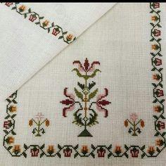 Cross Stitch Borders, Cross Stitch Patterns, Pinterest Cross Stitch, Hand Embroidery Design Patterns, Organic Art, Free To Use Images, Crochet Bookmarks, Cross Stitch Needles, Simple Embroidery