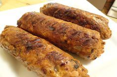 How to Make Homemade Spicy Italian Sausage (Vegan and Gluten-Free) Traditionally, I'm opposed to vegetarian/vegan foods that imitate meat, but these look really good and if I'm ever cooking for my non-vegan friends again, this would be handy to know. :)
