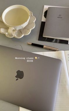 Creative Instagram Stories, Instagram Story Ideas, Foto Zoom, Shotting Photo, Work Motivation, This Is A Book, Study Space, Study Hard, Studyblr