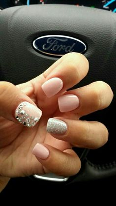 Pale pink with silver accent nail (ring finger) and diamond sparkles on thumb.