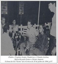 """Platão e Virgínia Araújo, Pauderney e Cláudia Avelino, Mário Ricardo Gomes e Sérgio Augusto. Coluna Gil """"Gente"""" do A Crítica de 24 de junho de 1984"""