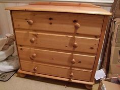 chest of drawers, pine 4 draws