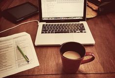 How to Make $40 an Hour as a Virtual Assistant: 7 In-Demand Services