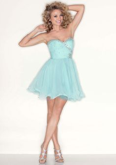 Such a cute prom dress and loads of sparkle - or how about for a Bat Mitzvah?