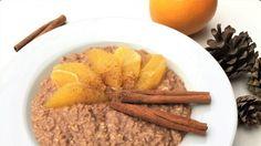 Winterliches Porridge mit viel Zimt, Kakao und Orange.