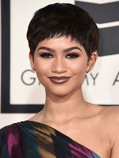 New modern haircut on actress Zendaya