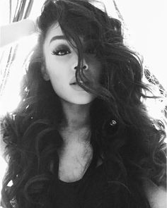 ariana grande, dangerous woman, and ariana image Cabello Ariana Grande, Ariana Grande Cute, Ariana Grande Fotos, Ariana Grande Pictures, Ariana Grande Curly Hair, Bilal Hassani, Rock In Rio, Dangerous Woman, Down Hairstyles