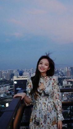 Kim Jennie, Yg Entertainment, Girl Day, My Girl, Mamamoo, Divas, Get Skinny Legs, Lisa Blackpink Wallpaper, Blackpink Photos