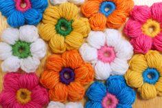 Puff Stitch Flower Crochet Pattern by Easymakesmehappy, via Flickr