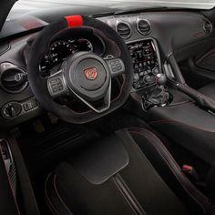 Dodge Viper ACR  Extreme Aero 2016 O  Dodge Viper ACR (American Club Racer)  tem motor 8.4 V10 aspirado com 645 cv de potência e 813 Nm de torque e câmbio manual de seis marchas. Faz de 0 a 100 km/h em 3s e máxima e 331 km/h. Custa US$123390. Interior é todo trabalhado no couro Alcântara costurado a mão Pena que será um dos últimos pois a @dodgeofficial anunciou que será o 25º aniversário e último ano de produção do Viper.  #CarroEsporteClube #Dodge #DodgeViper #Viper #ViperACR #Extreme #v10…