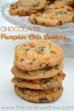 Easy Pumpkin Chip cookies with chocolate in them using Nestle Toll House new Pumpkin Spice chips! Pumpkin Recipes, Fall Recipes, Holiday Recipes, Cookie Recipes, Dessert Recipes, Holiday Foods, Holiday Treats, Halloween Treats, Drink Recipes