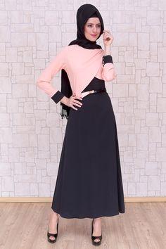 Omuzu Düğmeli Somon Elbise, polyester kumaştan, astarsız ve 140 cm boyunda Pay Butik tarafından üretilmiştir.