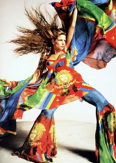 Gianni Versace , Stephanie Seymour by Richard Avedon // Josie Stardust