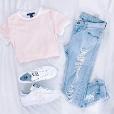 the-fashion-fantasy: mode / hipster / grunge Teenager Mode, Teenager Outfits, Teenager Fashion, Casual Summer Outfits, Spring Outfits, Spring Shoes, Outfits 2016, Outfits For School Summer, Simple School Outfits