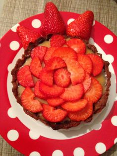 erdbeer-toffee-tarte | strawberry-toffee-tart | vegan | vegetarian | vegetarisch ❤ #strawberry #ichbacksmir #erdbeeren