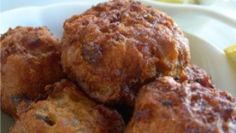 World's Best Fried Conch Fritters Recipe from The British Virgin Islands -- need to do a taste test Conch Fritter Batter Recipe, Seafood Recipes, Cooking Recipes, Seafood Meals, Bahamian Food, Conch Fritters, Caribbean Recipes, Caribbean Food, Island Food