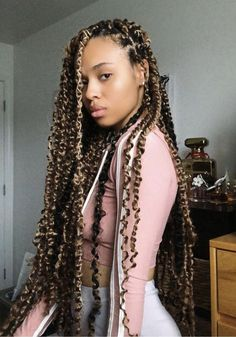 10 Inspo-Worthy Protective Summer Hairstyle Trends For Natural Hair Ecemella - Natural Hair Styles Box Braids Hairstyles, Twist Hairstyles, Summer Hairstyles, Dreadlock Hairstyles, Black Girl Braids, Girls Braids, Pelo Casual, Twist Braids, Front Braids