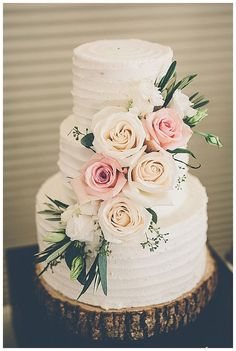 Blake and Ashley at Sherwood Country Club #floralweddingcakes