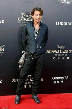 Johnny looks amazing!
