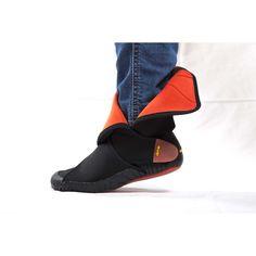 Furoshiki - Neoprene Mid Cut Boot - Black/Red