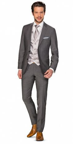 trouwpak - Google zoeken Mens Tux, Mens Suits, Tuxedo Wedding, Wedding Suits, Father Of The Bride Attire, Men's Tuxedo Styles, Green Suit, Business Shirts, Tuxedo For Men
