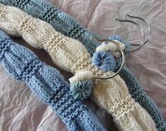 Ravelry: Bloomer clothes hanger cover pattern by Jane Brocket Knitting Paterns, Bead Crochet Patterns, Easy Knitting, Crochet Designs, Knitting Yarn, Knitting Projects, Knitting Ideas, Crochet Coat, Knitted Coat